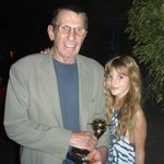 i was very fortunate to meet mr @TheRealNimoy. #RIPLeonardNimoy love, prayers & comfort to his family. #greatsoul http://t.co/FzNjiqSdHU