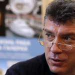 Leading opposition figure shot dead in Moscow within steps of the Kremlin http://t.co/PD3Wi2qsFD http://t.co/mjOPqke4Vi