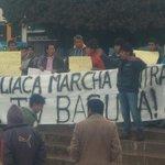 Marcha contra #TvBasura: Manifestación en Juliaca (foto: @edgar_hancco) http://t.co/kVoai1nohE http://t.co/St1IN3IS2P