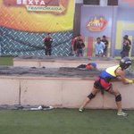 ¡Dura competencia para nuestras gladiadoras! Pero solo una se quedará con la gloria de @calle7tc. #LaFinalGana http://t.co/oHLB7tC5YU