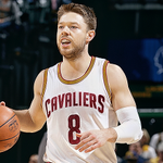 END 1Q: #Cavs weather late Pacers run to lead 28-19 in Indy.  matthewdelly: 7pts, 4rebs, 3ast  #CavsPacers http://t.co/z0oE3lp6qc #Cavs