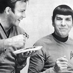 RIP Leonard Nimoy, a cultural icon who taught us all about friendship by @ginamei: http://t.co/oZSdV2iRu6 #LLAP http://t.co/psf6ALxPqX