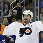 Blackhawks acquire defenseman Kimmo Timonen from Flyers http://t.co/HvMzm1Zf9y http://t.co/L8jo3POVov