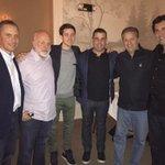 With Harold Ford, John Tyson, John Randal Tyson, John Davidson and Drew Katz. Some old friends having dinner. http://t.co/GSA81DarO9