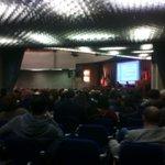 Hashtag o non hashtag? Mattina di #formazione #Ordinegiornalisti #umbria con la divina supervisione di @lddio http://t.co/svpO0MiP6B