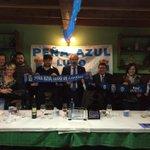 El vicepresidente @manuparedes15 asistió ayer al XV aniversario de la Peña Azul Lugo de Llanera #RealOviedo http://t.co/VOw1YQVkRu
