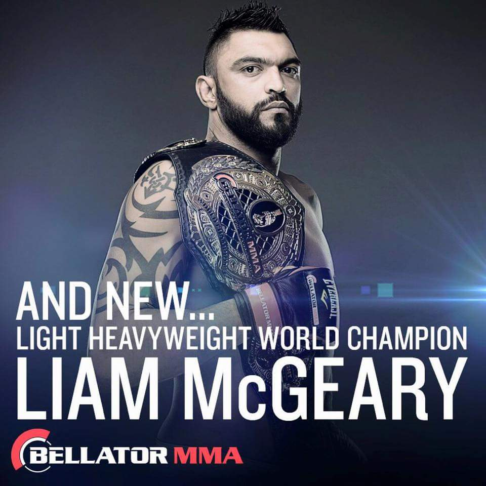 Liam McGeary becomes the first British Bellator champion with a decision win over Emanuel Newton! http://t.co/DGJ50cBKTi