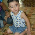 Tadi Anak sedara abang datang rumah abg.  Muka dia macam Aaron aziz kan kome. http://t.co/lnX6Ugz4En