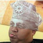 BUAT muka lawak guna Wang Kertas Ringgit Malaysia HAHAHA 😁😁 http://t.co/rFdfSyWVDT