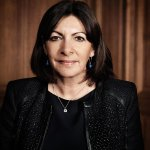"""""""To be mayor is to work 24 hours a day"""" - an interview with Paris's @Anne_Hidalgo http://t.co/N3uH8D1r15 http://t.co/M4xxyAQh9C"""