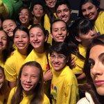 Llegó @GrupoClaraLuna Estamos muy felices de tenerlos con nosotros! #MirateColombia http://t.co/SaaDtSyRnV