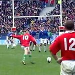Ahead of France v Wales at 17:00 GMT, relive four famous Wales wins at the Stade de France: http://t.co/2RVQ8IBZ7J http://t.co/fXBqDte70H