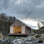 New book surveys cozy cabins from Norway to Sri Lanka: http://t.co/lzQWmdKam8 http://t.co/Z6I9iOMxyt #architecture