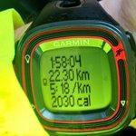 Con algunos de los valientes que se atrevieron esta mañana en Badajoz a seguir sumando km #running http://t.co/vpLcscqqQn