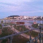 Vistas de la Alcazaba y el nuevo parque de la margen derecha. #badajoz #Extremadura #sieresdebadajoz #NosGustaBadajoz http://t.co/AgAuK32CVM