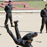 【中国】テロ対策部隊を海外派遣へ  軍や公安職員が海外で反テロ作戦 http://t.co/e4HJu59nYe http://t.co/i9Wk2ahmF8