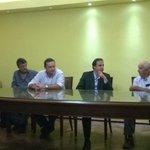 La directiva del DEFENSA AGRARIA plantea a @GarceAlvaro problemática del MONTEVIDEO RURAL http://t.co/fsFAOsxOpQ