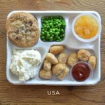 【気になる!】知られざる世界の学校給食をくらべてみた http://t.co/R8Lp7bAa3H アメリカのメインはポップコーンチキン、イタリアはカラフル、フィンランドはベジタリアンなメニュー、スペインはシーフードなど。 http://t.co/UlJEbrKiuB