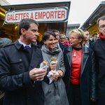 Manuel #Valls, les #departementales et la galette-saucisse, cétait ce matin à #Rennes http://t.co/h7yMMZs2pi http://t.co/C6xrPud5Uf