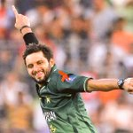 Happy birthday @SAfridiOfficial! Give us a birthday treat in the form of a boom boom knock tomorrow! #ForeverYoung http://t.co/GU4w6knIwZ