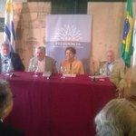 Registro histórico via celular: El último acto oficial con discurso del Presidente Mujica. http://t.co/ZxjeudhvR1