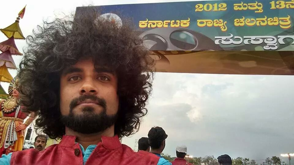 Give it up for @dixitvasu, winner of Best Male Singer at the Karnataka State Film Awards held earlier today! http://t.co/zzseFadhJZ