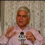 The govt has no role to play in the price of petrol as it is de-controlled: Narendra Taneja (Petroleum Expert) http://t.co/WACbTaZiEJ