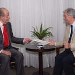 Llegó el rey Juan Carlos desde España y se reunió con Vázquez http://t.co/8iW5PD6kfj http://t.co/NR1hGixk7S