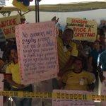 En compañía dl Sen FernandoNicolásAraújo,diálogo con la comunidad de San Juan Nepomuceno. (Vivienda solamente en TV) http://t.co/5fZ6FPjbkc