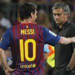 Mourinho ha declarado que no pude imaginar a Messi con otra camiseta que no sea la del Barcelona. http://t.co/dsxpAztedd