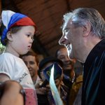 Tabaré: mañana el Pepe te pasa la posta. Vamos por 5 años más construyendo juntos el Uruguay de los sueños.. Arriba!! http://t.co/dDkTZVwOAi