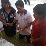 """Igl. HOREB - Parque Grau La Victoria #MPN """"Ramiro un Jovén pidiendo que oren por su vida #10DiasdeOracion http://t.co/tbwnylnhVr"""