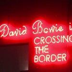 """Paris accueille à son tour lexposition """"David Bowie is"""" http://t.co/LxqBOBpo6n par @jurgenhecker #AFP http://t.co/DCXHHT6TJj"""