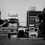Theres a pop-up at #TroutLake today to #recycle your old #electronics. http://t.co/XZZZv8WD6V #yvr http://t.co/oGPxTNPd80