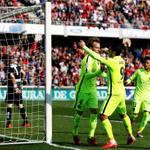 #LaLiga FINAL   #Barcelona 3-1 #Granada. Los goles fueron de Rakitic, Suárez y #Messi ▶ http://t.co/RqaBEXDQIh http://t.co/WcSBxEjkED