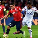 Ligue 1 - TERMINÉ: Lille 2-1 OL Le PSG a loccasion de passer leader demain en simposant face à Monaco ! http://t.co/Ss5SzztPoN