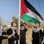 بعد قليل ، فرقة التخت الشرقي من #فلسطين في برنامج مواهب العرب ادعموهم بالتصويت على الرقم 2 #صوت_العزيمة http://t.co/s3EJjEUUzX