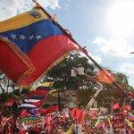 @NicolasMaduro ¡Arriba la BANDERA DE LA PATRIA! Es la bandera amada de la Patria de Bolívar y la llevamos con orgullo http://t.co/uXdUa9ghcx