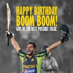 Happy Birthday Sahibzada Mohammed Shahid Khan Afridi ! May you live long and lift the World Cup for Pakistan ! http://t.co/mPO48ICh7B