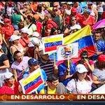 """Mañana CFK hace su contra-marcha en Argentina; hoy la hace Maduro en Venezuela. Qué linda la """"Patria Grande""""... #1M http://t.co/XgqxFciPlz"""