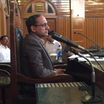 Senator @SaeedGhani1 chairing parliamentary session of National Youth Parliament of #Pakistan as its speaker. http://t.co/IPJXwDgJWi