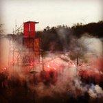Amazing atmosphere before our training today!????⚪️???? #eendrachtmaaktmacht @PSV #psvaja http://t.co/iceO5YfXXS