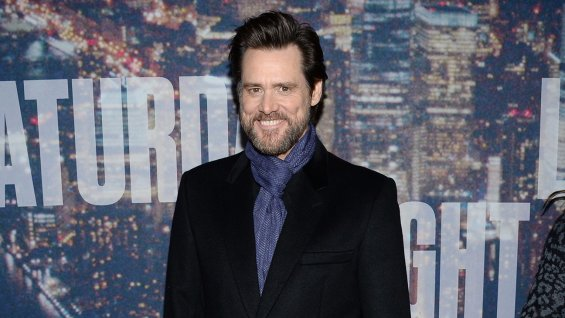 Jim Carrey Jokes About Brian Williams on NBC's SNL40 Pre-Show (Video)