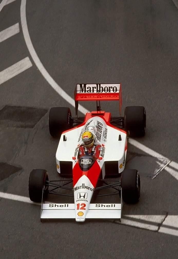 Ayrton Senna - McLaren Honda 1988 http://t.co/v7kxoib9u1