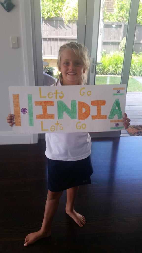 Daughters world cup school class cricket tournament tomo. This is her team! #soembarrassed #whynotnz http://t.co/NBtdvz1z5h