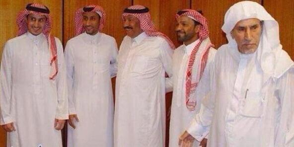 تركي الناصر السديري (@turkinsudairi): كفاية..إختطاف :              أعيدوا الهلال..للهلال ! http://t.co/chUPSWiCGa