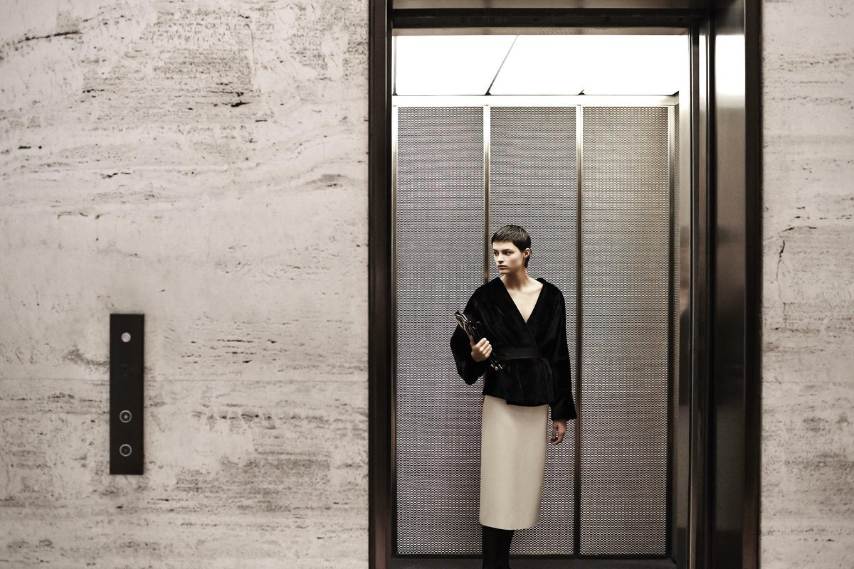 The Row Fall 2015 Collection at the Seagram Building. http://t.co/H3Y8Xe7KWj