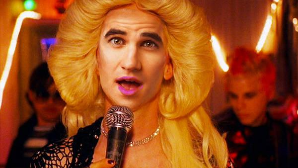 @DarrenCriss to star as @HedwigOnBway  http://t.co/0ETf9wwrq5 http://t.co/uNlo0la2Y5