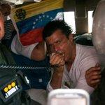 RT @fdeIrinconVZLA Hoy #18F #VisteAVzlaDeBlanco La cita es en Plaza José Martí de Chacaíto a las 10:00 am http://t.co/YsQowUIM0J