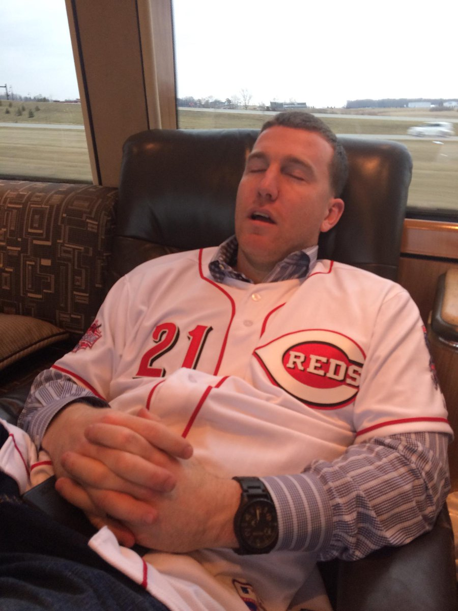He may kill me for this, but even while sleeping #ToddFrazier is the #FaceOfMLB http://t.co/lf46N2hBtl